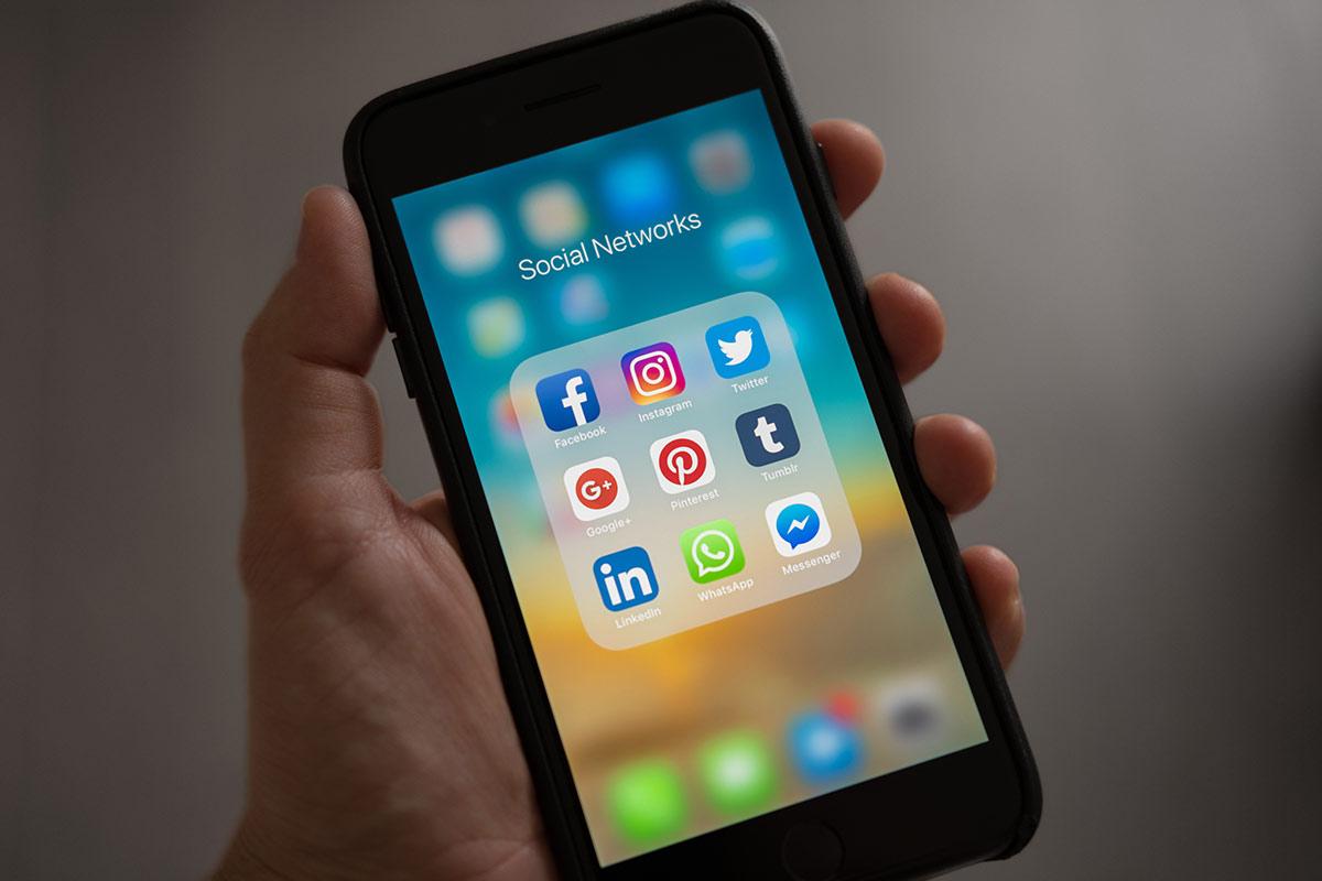 Social Media Marketing Στρατηγική. Γιατί να την αναθέσετε στην It is Logic.